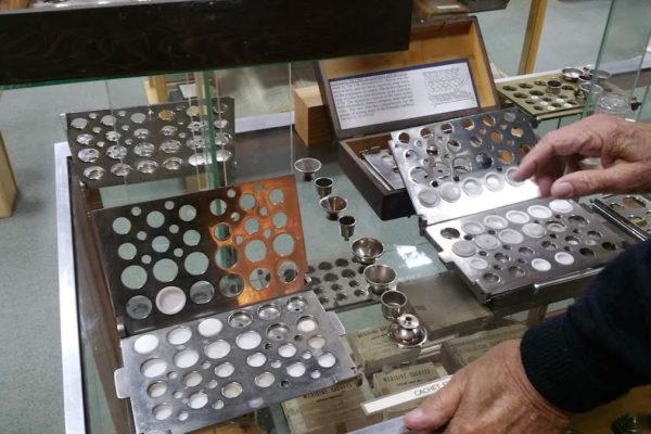 Old pill dispensers - National Pharmacy Museum - Heritage Portal - 2018